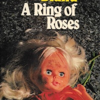 A Ring of Roses - Christianna Brand (1977)